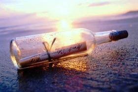 20121111174425-botella-en-el-mar.jpg