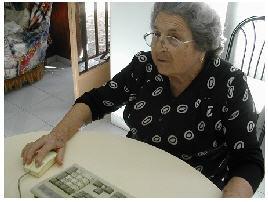 20100207151457-abuela-en-el-ordenador.jpg