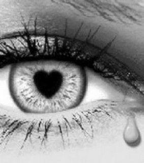 20100327163801-ojo-llorando-con-pupila-corazon.jpg
